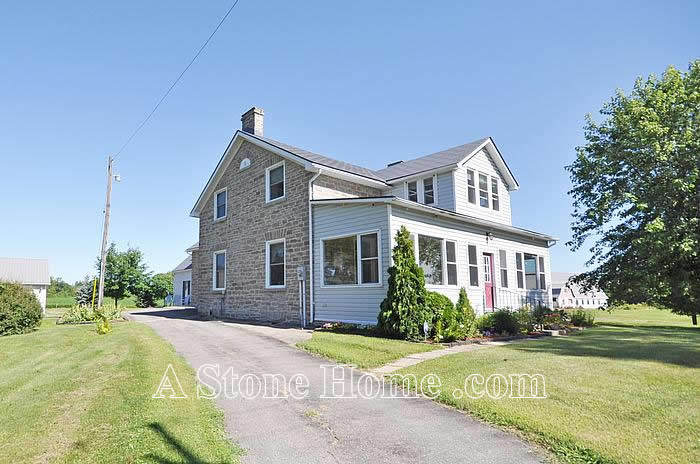 eastern ontario stone home for sale