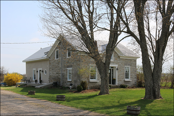 eastern ontario stone home near addison for sale