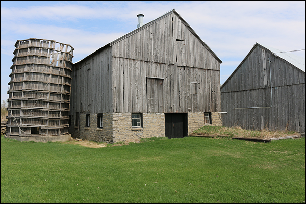 stone home barn for sale near addison ontario