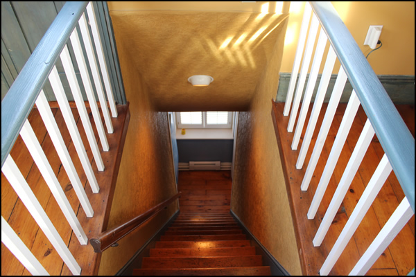 Dave Chomitz ontario stone homes for sale stairs 2