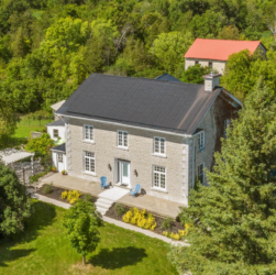 Dave Chomitz ontario stone home for sale heritage property