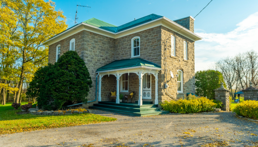 Merrikville Ontario stone home for sale Dave Chomitz front 2