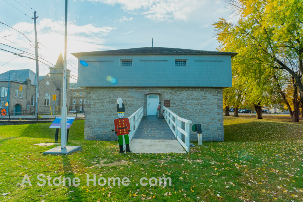 Merrikville Ontario stone home for sale Dave Chomitz lock house