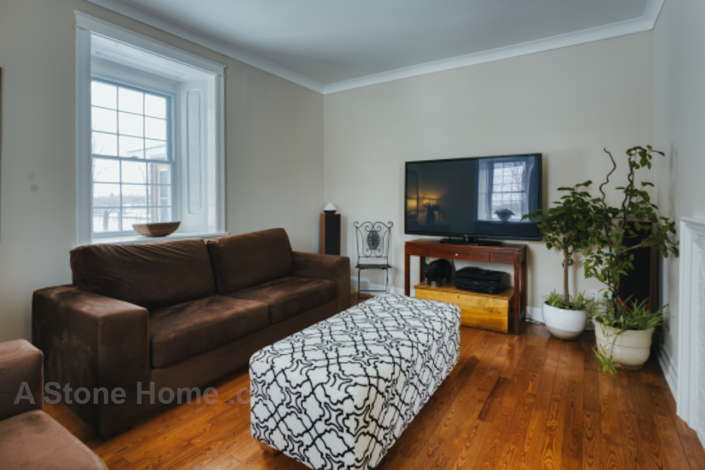 Ontario stone home near Lombardy living room 4