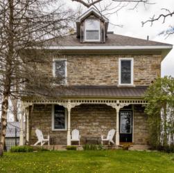 476 Bathurst Con 5 Lanark stone home for sale